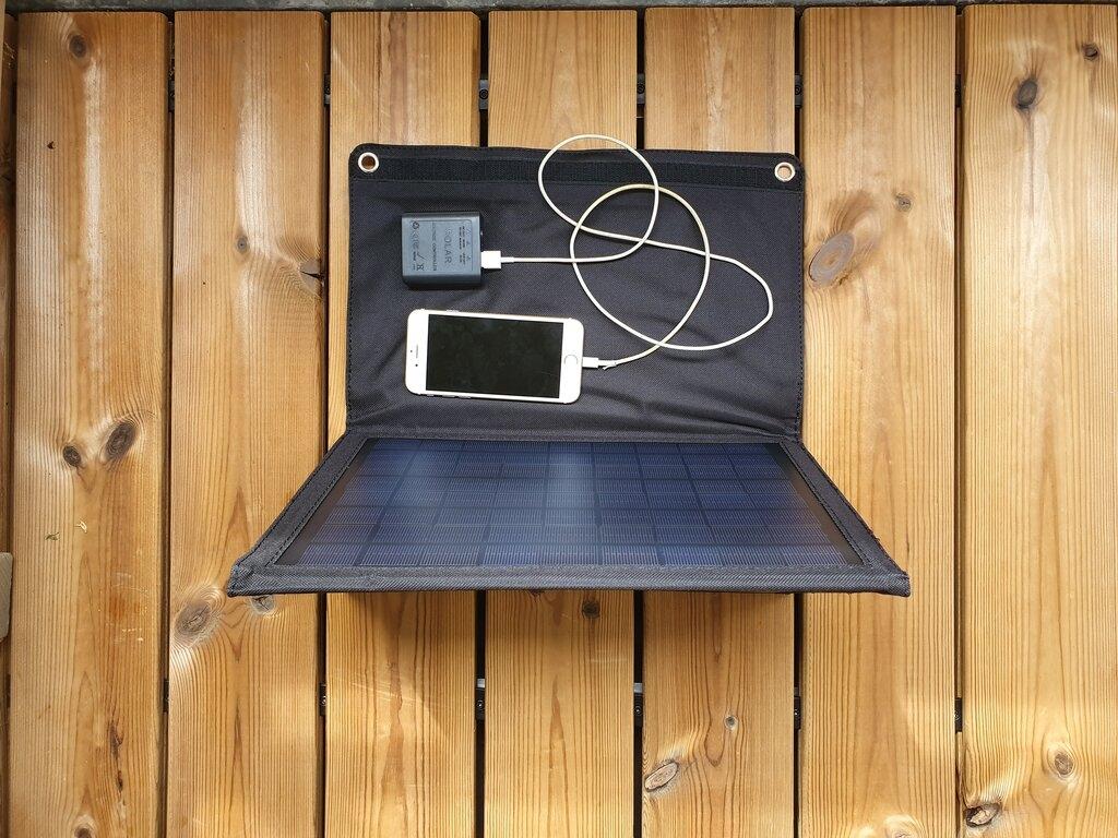 20 Watt Zonnepaneel Mono Opvouwbaar USB en DC aansluiting